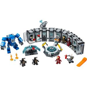 [LEGO: Avengers: Endgame: Playset: Iron Man's Hall Of Armour (Product Image)]