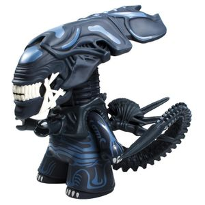 [Aliens: TITANS: 6.5 Inch Alien Queen (Glow In The Dark) (Product Image)]