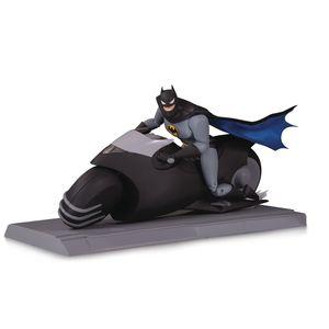 [Batman: The Animated Series: Action Figure Set: Batcycle & Batman (Product Image)]