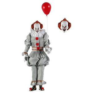 [IT (2017): Clothed Action Figure: Pennywise (Product Image)]