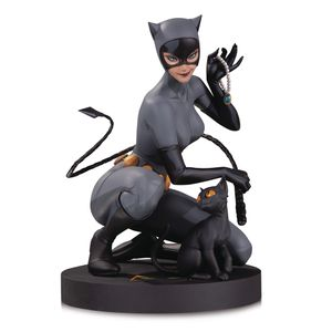 [DC Designer Series Statue: Catwoman By Stanley Lau Statue (Product Image)]
