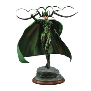 [Marvel: Premier Collection Statue: Hela (Product Image)]