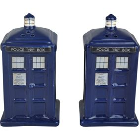 [Doctor Who: Salt & Pepper Shakers: TARDIS (Product Image)]