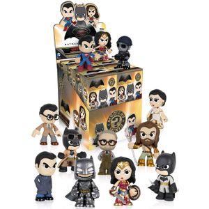[Batman v Superman: Mystery Mini Figures (Product Image)]
