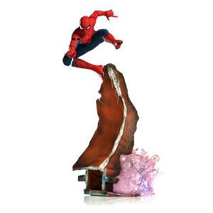 [Spider-Man Homecoming: Art Statue: Spider-Man (Product Image)]