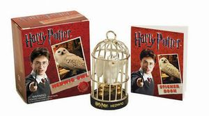 [Harry Potter: Hedwig Owl Kit & Sticker Book (Product Image)]