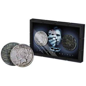 [Batman: Dark Knight: Harvey Dent & Two Face Coin Set (Product Image)]