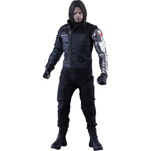 [Marvel: Captain America: Civil War: Hot Toys Deluxe Action Figure: Winter Soldier (Product Image)]