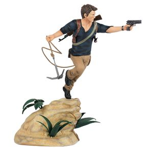 [Uncharted: Statue: Nathan Drake (Product Image)]