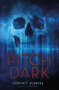 [Pitch Dark (Hardcover) (Product Image)]
