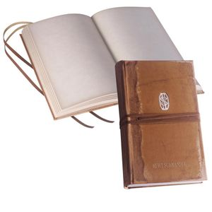 [Fantastic Beasts & Where To Find Them: Newt Scamander's Journal (Product Image)]