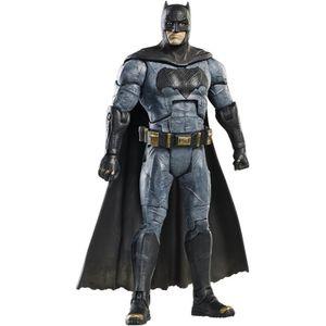 [Batman v Superman: Dawn Of Justice: Movie Masters Action Figure: Wave 1: Batman (Product Image)]