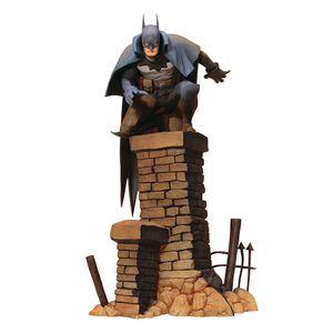[Batman: Artfx+ Statue: Gotham By Gaslight (Product Image)]