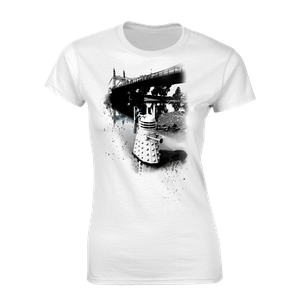 [Doctor Who: Women's Fit T-Shirt: The Daleks Take Hammersmith! (Product Image)]