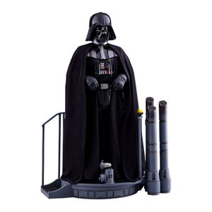 [Star Wars: The Empire Strikes Back: Hot Toys Action Figure: Darth Vader (Product Image)]