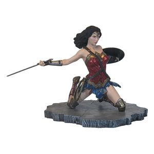 [Justice League: Gallery Statue: Wonder Woman (Product Image)]