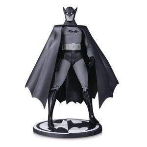 [DC: Action Figure: Black & White Batman 1st Appearance By Bob Kane (Product Image)]
