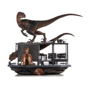 [Jurassic Park: Art Scale Diorama: Velociraptors In The Kitchen (Product Image)]