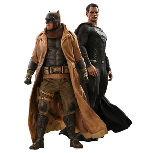 [Justice League Movie: Hot Toys Action Figure Twin Set: Knightmare Batman & Superman (Product Image)]