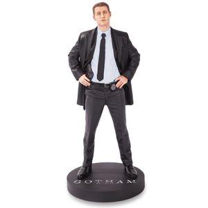 [DC: Batman: Gotham TV: Statue: James Gordon (Product Image)]
