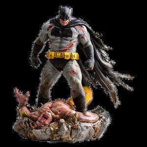 [Batman: The Dark Knight Returns: 1:6 Scale Diorama Statue (Product Image)]