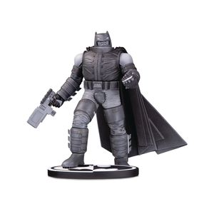 [Batman: Statue: Black & White Armoured (Product Image)]
