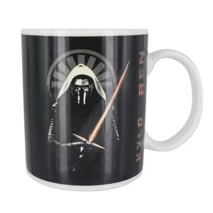 [Star Wars: The Force Awakens: Heat Change Mug: Kylo Ren (Product Image)]