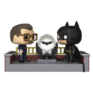 [Batman: 80th Anniversary: Pop! Vinyl Movie Moments: Light-Up Bat Signal (Product Image)]
