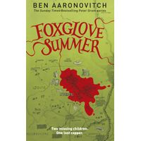 [Ben Aaronovitch signing Foxglove Summer (Product Image)]