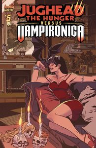 [Jughead Hunger Vs Vampironica #5 (Cover A Pat & Tim Kennedy (Mr) (Product Image)]