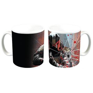 [Judge Dredd: Mug: Underbelly Comic Art (Product Image)]
