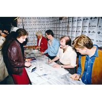 [Jon Pertwee, Stephen J. Walker, David J. Howe and Mark Stammers Signing (Product Image)]