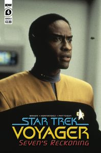 [Star Trek: Voyager: Sevens Reckoning #4 (Cover B Photo) (Product Image)]