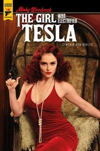 [Minky Woodcock: The Girl Who Electrified Tesla #4 (Cover B Photo) (Product Image)]