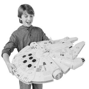 [Star Wars: Hero Series: Vehicles: Millennium Falcon (Product Image)]