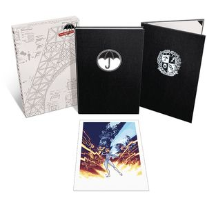 [Umbrella Academy: Apocalypse Suite: Deluxe Limited Edition: Volume 1 (Hardcover) (Product Image)]