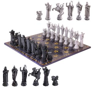 [Harry Potter: Deluxe Chess Set (Product Image)]
