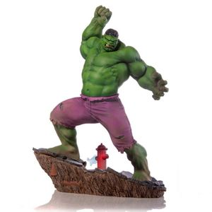 [Hulk: Art Scale Statue (Product Image)]