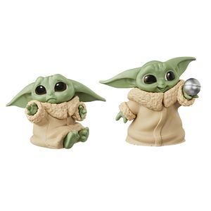 [Star Wars: The Mandalorian: The Bounty Collection Action Figure 2-Pack: The Child Hold Me & Ball (Baby Yoda) (Product Image)]