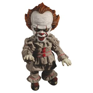 [IT (2017): Mega Scale Action Figure: Talking Pennywise (Product Image)]