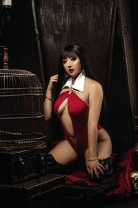 [Vampirella: Dark Powers #1 (Cosplay Virgin Variant) (Product Image)]