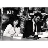[Raymond E. Feist signing Faerie Tale (Product Image)]