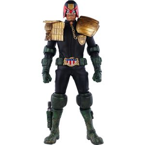 [2000AD: Deluxe Action Figure: Judge Dredd (Product Image)]