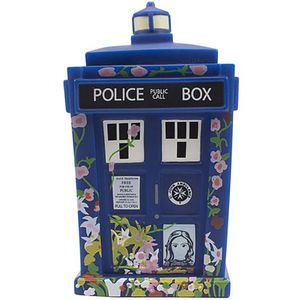 [Doctor Who: TITANS: NYCC Clara Tribute TARDIS (Product Image)]