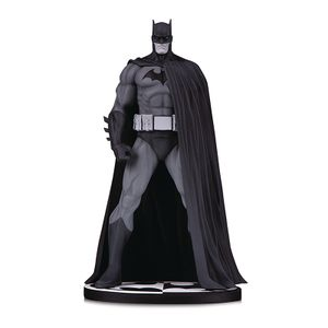 [DC: Batman: Statue: Black & White By Jim Lee (Version 3) (Product Image)]
