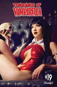 [Vengeance Of Vampirella #19 (Cover D Cosplay) (Product Image)]