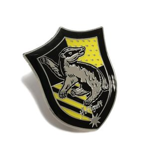 [Harry Potter: Pin Badge: Hufflepuff House Crest (Product Image)]