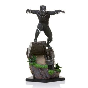 [Black Panther: Diorama Series Statue: Battle Diorama (Product Image)]
