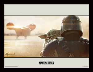 [Star Wars: The Mandalorian: 30x40 Framed Print: The Mandalorian (Shoulder) (Product Image)]
