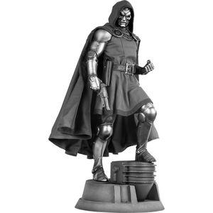 [Marvel: Premium Format Figure: Dr Doom (Product Image)]